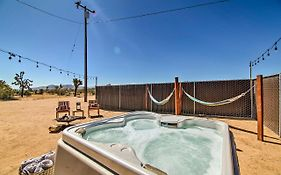 Home With Hot Tub, Hammocks, Free Pass To Joshua Tree