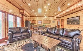 Multi-Family Mtn Cabin With Pool, Hot Tub & Theater!