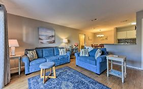 St. Simons Condo W/ Amenities, Drive To Beach