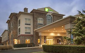 Holiday Inn Express Riverhead Ny