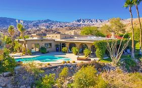"New Listing! Valley-View ""Cliff House"" W/Pool, Spa Home"