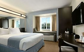 Microtel New Orleans