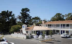 Carmel Village Inn Reviews