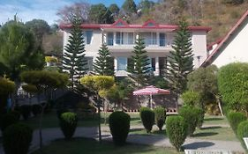 Surya Rock Rose Resort Kasauli