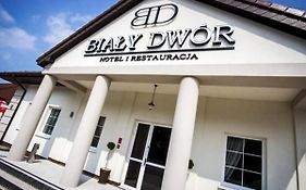 Bialy Dwor
