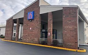 Motel 6 Greensboro nc Airport