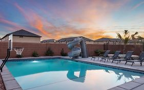 Grand Resort In St. George With Private Pool And Sports Court
