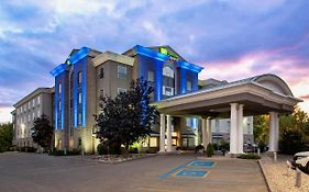 Holiday Inn Express And Suites Saskatoon