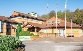 Holiday Inn Cardiff North m4 J32