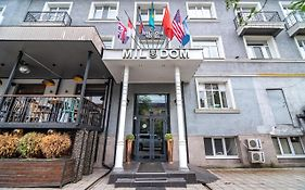 Mildom Apartments Almaty