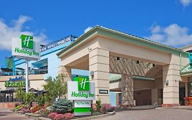 Holiday Inn in Niagara Falls Canada