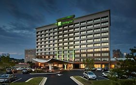 Holiday Inn 2460 Eisenhower Ave Alexandria Va