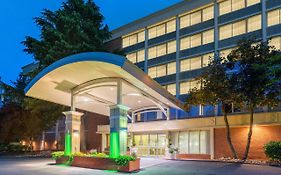Holiday Inn Monticello Charlottesville Virginia