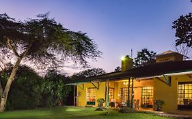 Jacana Gardens Guest Lodge Harare