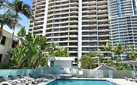 Surfers Paradise Hotel