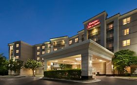 Hampton Inn & Suites Dulles