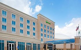 Holiday Inn Toledo-Maumee Ohio