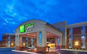 Holiday Inn Express in Auburn Hills Mi