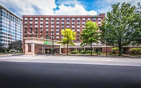 Holiday Inn Arlington Ballston