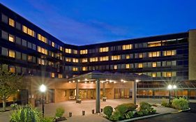 Crowne Plaza Hotel Edison Nj