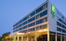 Holiday Inn Milton Keynes Central, An Ihg Hotel