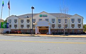 Holiday Inn Express Acworth Ga