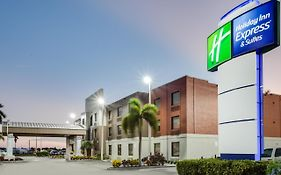 Holiday Inn Express Clewiston Florida