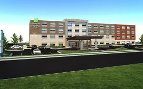 Holiday Inn Express And Suites Brunswick