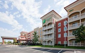 Holiday Inn Maple Grove Minnesota