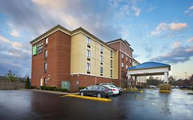 Holiday Inn Express & Suites Columbus Airport Gahanna Oh