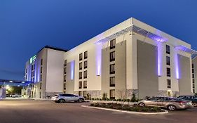 Holiday Inn Express Jackson Ms