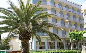 Boston Hotel Alba Adriatica