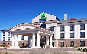 Holiday Inn Express Covington Tn