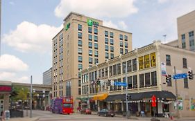 Holiday Inn Express North Shore Pittsburgh