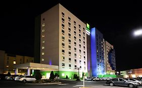 Holiday Inn Express Toluca Aeropuerto