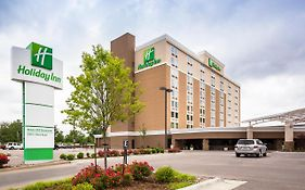 Holiday Inn Select Wichita Ks