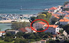 Apartments And Rooms By The Sea Tkon 8377