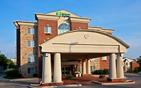 Holiday Inn Express & Suites Lexington Downtown University