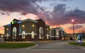 Holiday Inn Express Brookings South Dakota