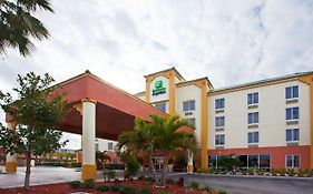 Holiday Inn Express Cocoa Beach Fl