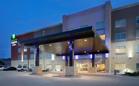Holiday Inn Express Great Bend Ks 2*
