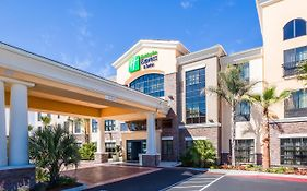 Holiday Inn Express & Suites Eureka Eureka, Ca