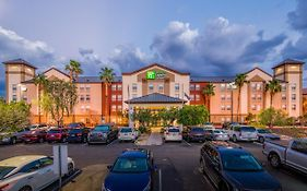 Phoenix Airport Holiday Inn Express