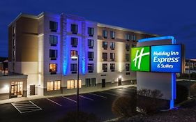 Holiday Inn Express Woonsocket Rhode Island