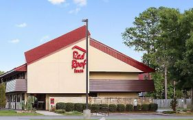 Red Roof Inn va Beach Ballard Court