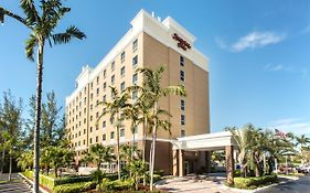 Hallandale Hampton Inn