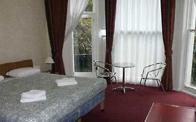 Travel House Hotel London