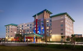 Holiday Inn Express Orlando at Seaworld