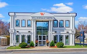 The Willowdale Hotel Toronto North York