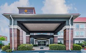 La Quinta Inn Tomball Texas 2*